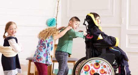 ملابس خاصة بالأطفال المعاقين من KIABI.
