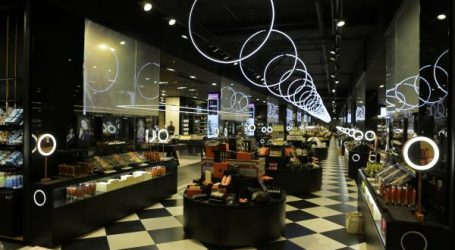 """نفاذ العديد من منتجات """"يان أند وان""""  بعد افتتاح أول متجر ذكي للجمال والنجاح الكبير للعلامة"""