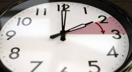 إضافة 60 دقيقة إلى الساعة القانونية للمملكة يوم الأحد 17 يونيو