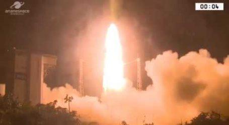 شاهد لحظة إقلاع القمر الصناعي محمد السادس ب