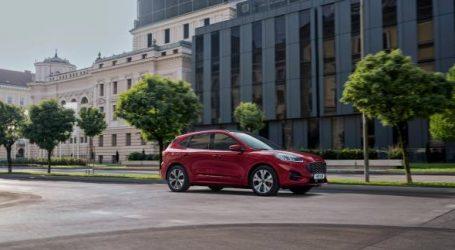 """فورد كوجا الجديدة تحصد لقب """"سيارة العام 2021"""" في المغرب"""